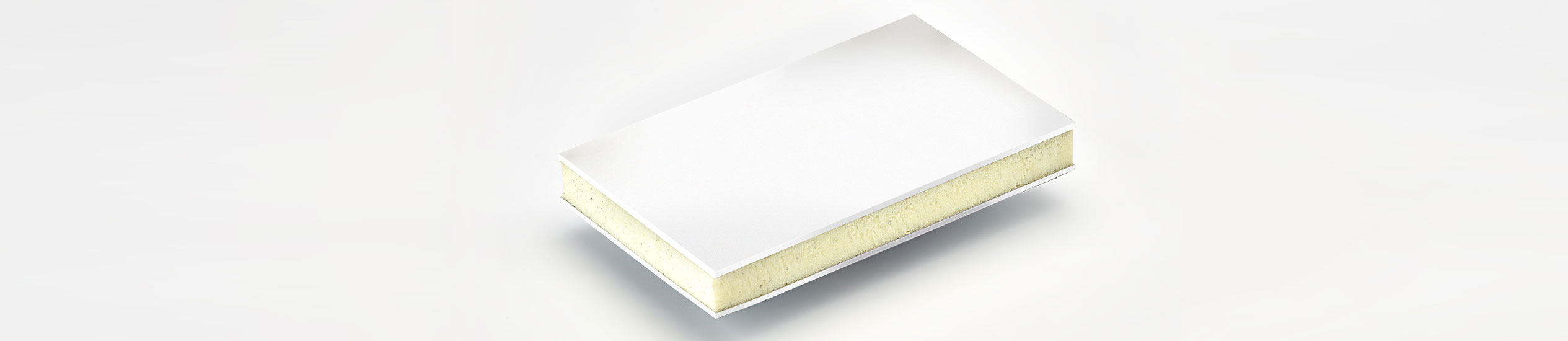 COMPOCEL® VF is a sandwich panel with a face in polyester GRP with white gelcoat  and a core in extruded polystyrene.